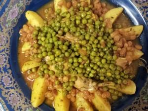 Mamita met konijn, aardappelen, doperwten en rozijnen 3