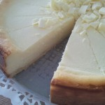 Käsekuchen-Cheesecake: White Chocolate-Vanilla-Greek Yogurt