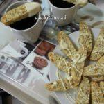Alfaqaas-Biscotti-Cantuccini met Maanzaad en witte Chocolade