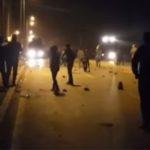 """""""Vreedzame"""" Demonstranten Hoceima vallen BNR-correspondent en journaliste aan"""