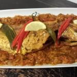 Soso Kitchen's Red Snapper op een bedje van Paprika-Salsa uit de oven