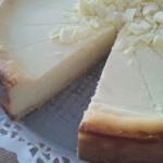 Käsekuchen-Cheesecake: White Chocolate-Vanilla-Greek Yogurt