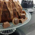 Chocolade Tulband-Cake met Pecannoten en Chocoladestukjes